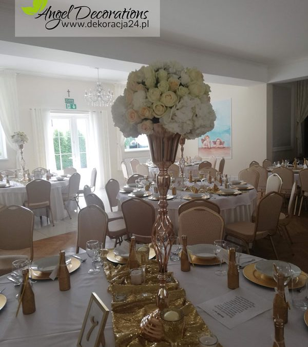 butelki-stolik-dekoracje-sala-AngelDecorations-Krakow