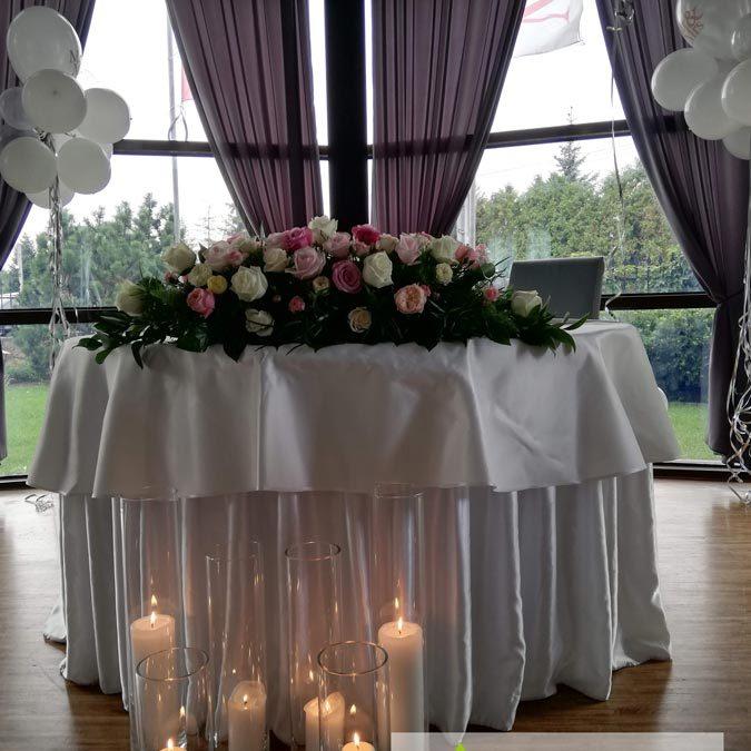 swieczki-swieczniki-balony-kwiaty-stol-dekoracja-angeldecorations-wypozyczalnia