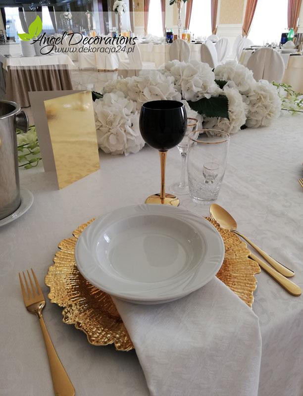 talerz-winietka-kwiaty-ozdoby-AgnelDecorations-wypozyczalnia-dekoracji-krakow